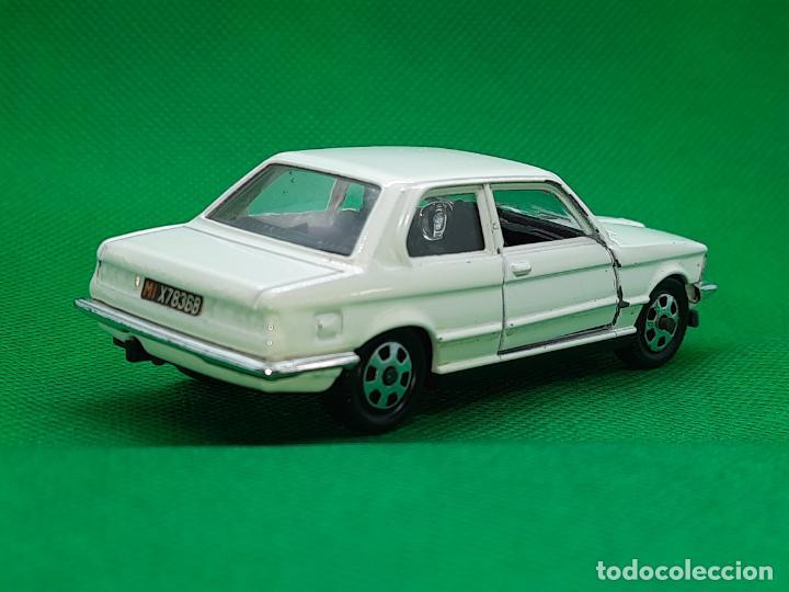Coches a escala: BMW 320 - MEBETOYS - MATTEL - HOT WHEELS - ESC. 1/43 - MADE IN ITALY - REF. MEBETOYS A113 - Foto 6 - 218565573