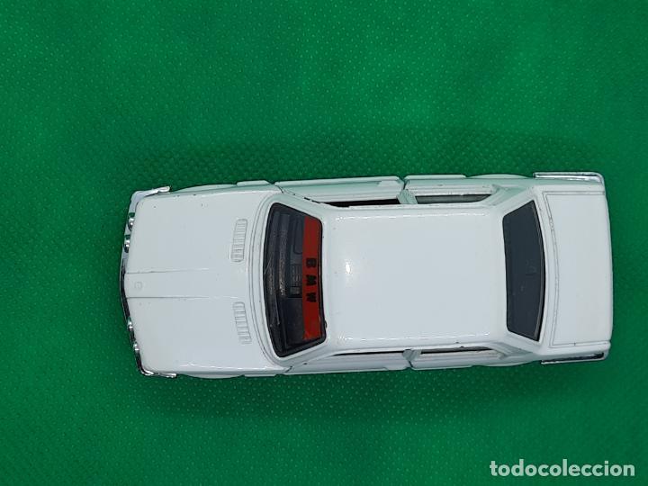 Coches a escala: BMW 320 - MEBETOYS - MATTEL - HOT WHEELS - ESC. 1/43 - MADE IN ITALY - REF. MEBETOYS A113 - Foto 8 - 218565573