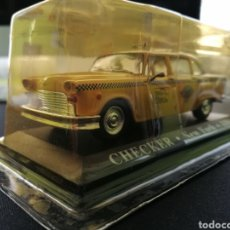 Coches a escala: CHECKER TAXI NEW YORK EN PERFECTO ESTADO. ESCALA 1:43. Lote 220027990