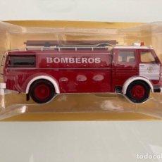Coches a escala: FIRE 1-1/43,PEGASO COMET 1091 CABINA DOBLE, 1963, BOMBEROS AYUNTAMIENTO DE BARCELONA. Lote 220275897