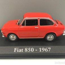 Coches a escala: COCHE FIAT 850- 1967 CON URNA DE METACRILATO ESCALA 1/43.. Lote 221315930