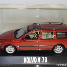 Carros em escala: MINICHAMPS - PAUL´S MODEL ART : COCHE VOLVO V70 ESCALA 1/43 AÑO 1998. Lote 222305356