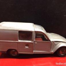 Auto in scala: NACORAL CHIQUI CARS. CITROEN 2 CV REF - 2007 ESCALA 1/43 - AÑOS 70 PLASTICO AMTRICULA ZARAGOZA. Lote 227030805