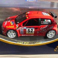 Coches a escala: FIAT PUNTO S1600 - 1/43 - A.DALLAVILLA - D. FAPPANI - RALLY CATALUNYA 2001. Lote 230477750