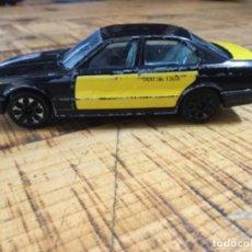 Coches a escala: BMW 535 I - TAXI DE BARCELONA - BURAGO - COCHE JUGUETE MINIATURA. Lote 231479265