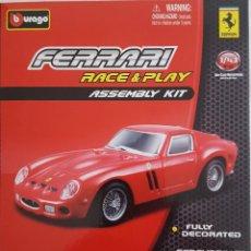 Coches a escala: BURAGO KIT DE MONTAGE PARA EL FERRARI 250 GTO ESCALA 1:43. Lote 232728420