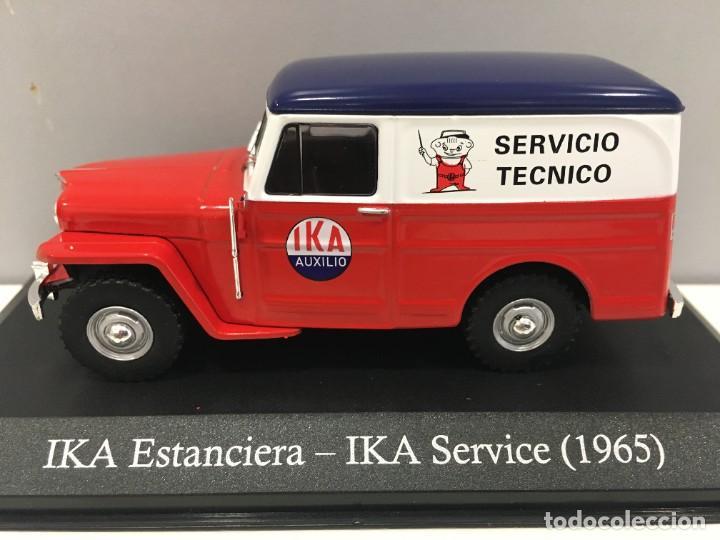 Coches a escala: FURGONETA IKA ESTANCIERA- IKA SERVICE 1965 CON URNA DE METACRILATO. ESCALA 1/43 - Foto 2 - 238259690