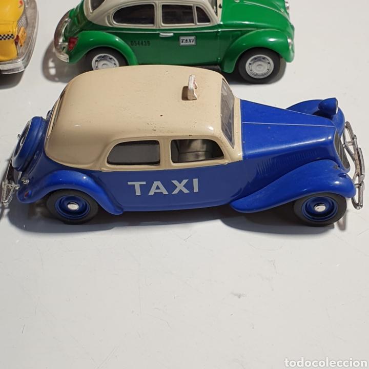 Coches a escala: Lote De 7 Taxis, 6 Escala 1.43, y 1 Escala 1.40, Los Fotografiados. - Foto 14 - 241454055