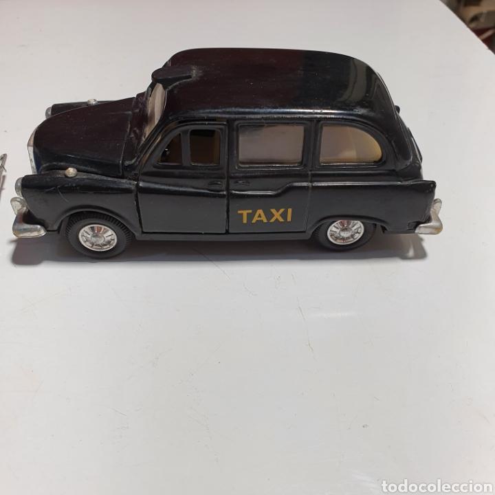 Coches a escala: Lote De 7 Taxis, 6 Escala 1.43, y 1 Escala 1.40, Los Fotografiados. - Foto 23 - 241454055