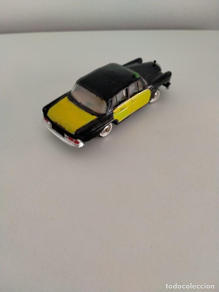 Coches a escala: Mercedes 220 Norev Taxi Barcelona - Foto 3 - 243606665