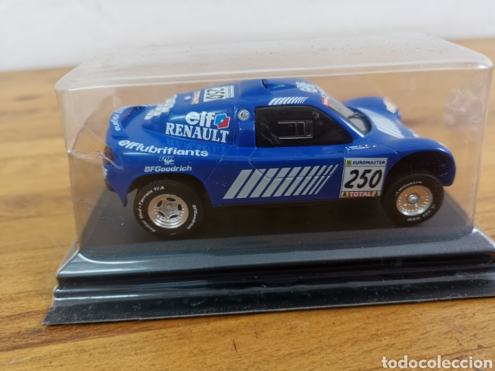 Coches a escala: Coche de metal escala 1/43 Schlesser Renault Megane París Dakar 2000. Nuevo en su blíster - Foto 3 - 247988725