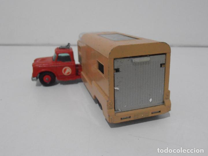 Coches a escala: CAMION ARTICULATED HORSE VAN MATCHBOX KING SIZE Nº K-18 MADE IN ENGLAND BY LESNEY - Foto 6 - 254495565
