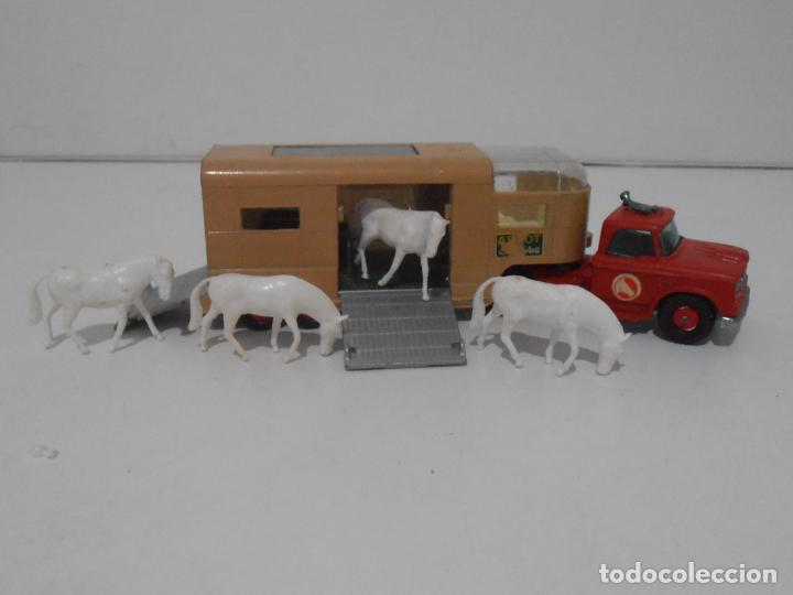 CAMION ARTICULATED HORSE VAN MATCHBOX KING SIZE Nº K-18 MADE IN ENGLAND BY LESNEY (Juguetes - Coches a Escala 1:43 Otras Marcas)