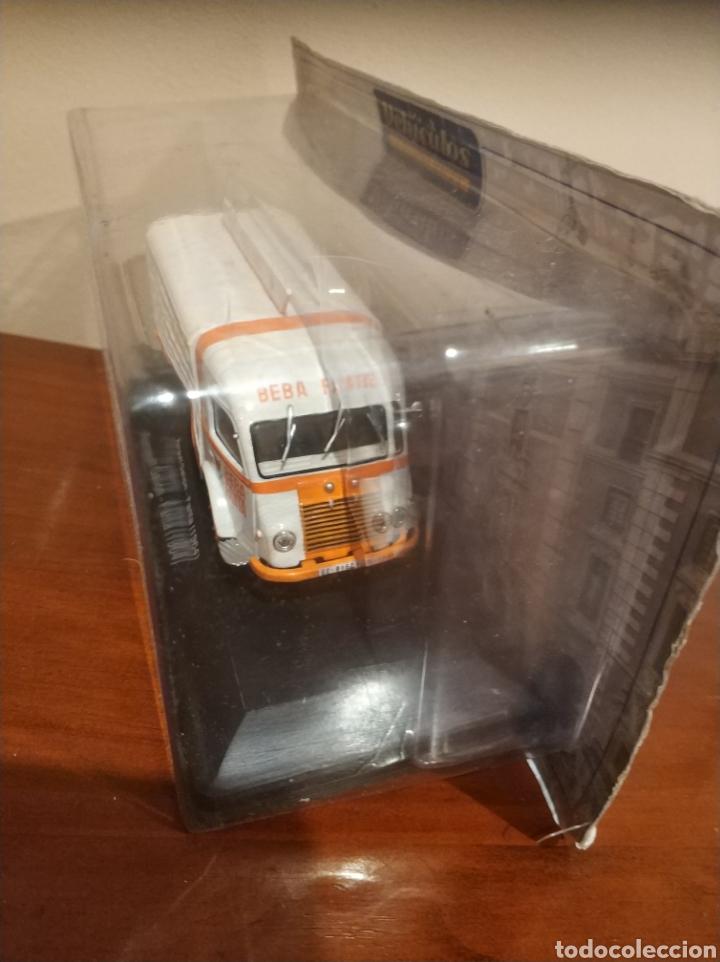 Coches a escala: Camión de reparto Renault de Fanta nuevo......de colección de salvat - Foto 2 - 255555895