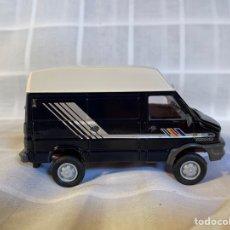 Coches a escala: 1/43 IVECO TURDODAILY 4X4 OLD CARS CON CAJA. Lote 261117920
