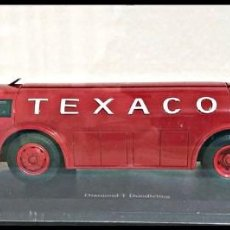 Coches a escala: DIAMOND - T-DOODLEBUG TEXACO TANKER TRUCK 1935 . AUTOCULT. 1/43. Lote 263743080