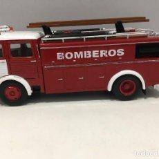 Coches a escala: CAMIÓN DE BOMBEROS PEGASO COMET 1091 ESCALA 1/43. Lote 273605268