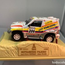 Auto in scala: NOREV MITSUBISHI PAJERO DEL PARIS DAKAR DE 1998, 1/43, A ESTRENAR - FLA. Lote 278505863