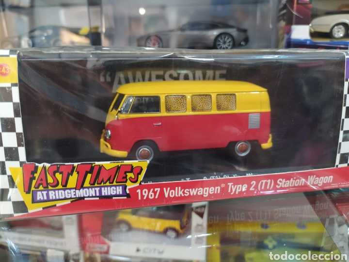 VOLKSWAGEN TYPE 2 1967 FAST TIMES AT RIDFEMONT HIGH (Juguetes - Coches a Escala 1:43 Otras Marcas)
