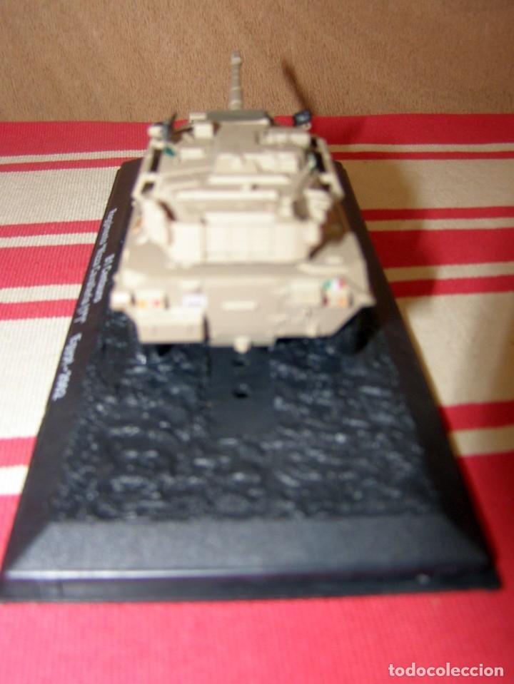 Coches a escala: Colección de vehículos militares Ech 1/43: B1 Cernturo (Egipto 2002) - Foto 3 - 287763973