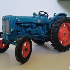 Auto in scala: TRACTOR EBRO SUPER 55 ESCALA 1/43. Lote 292397143