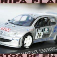 Coches a escala: PEUGEOT 206 WRC RALLYE TOUR DE CORSE 2000 G. PANIZZI - H. PANIZZI ESCALA 1:43 DE ALTAYA EN CAJA. Lote 294374183