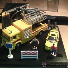 Model Cars - AUTOMAXX ---- DIORAMA MAN + BMW - 17138712