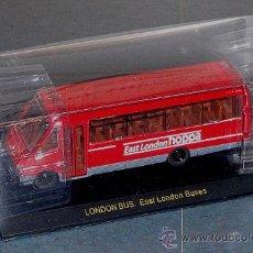 Coches a escala: MICROBÚS DE LONDRES - 1/76. Lote 27099709