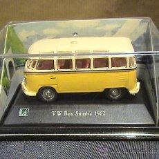 Coches a escala: VW BUS SAMBA DE 1962 CARARAMA 1:72. Lote 166850032