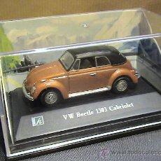 Coches a escala: VW BEETLE 1303 CABRIOLET CARARAMA 1:72. Lote 30354580