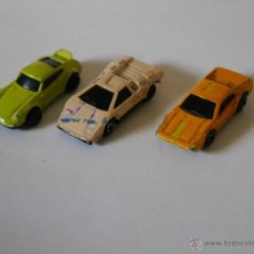 Coches a escala: MICRO MACHINES MICROMACHINES – TRES COCHES HOTWHEELS HOT WHEELS MINI AUTOMAGIC. Lote 37173408