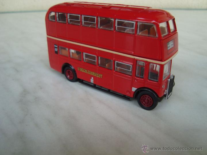 AUTOBUS DE 2 PISOS LONDON BUS.ESCALA 1,72 METAL (Juguetes - Coches a Escala 1:72)