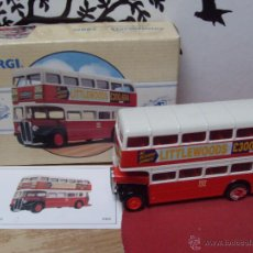 Model Cars - CORGI DIECAST BUS LONDON TYPE AEC REGENT PMT 1:72 SCALE. NEW BOXED LIMITED EDITION.LOTE DE DOS IGUA - 52769275