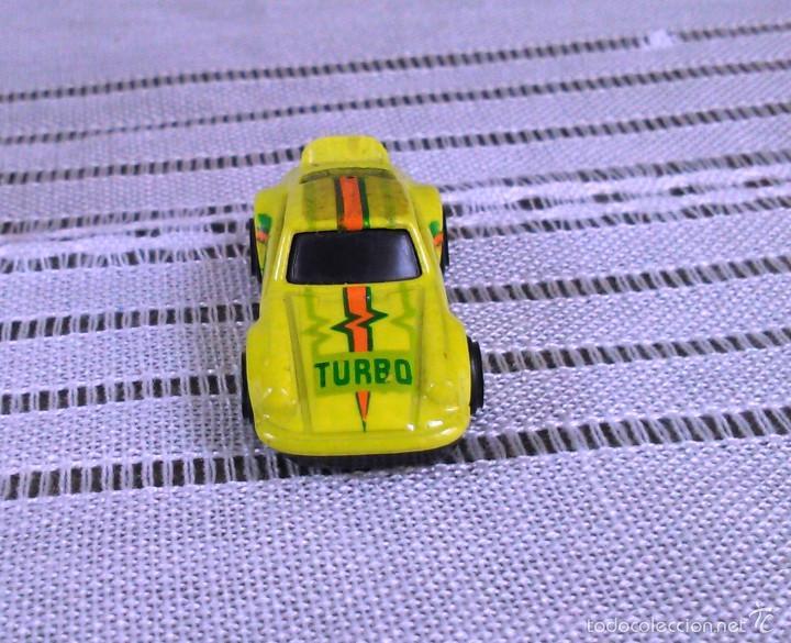Coches a escala: Porsche 911 Turbo de Hot Wheels a escala 1:72.Chevy Mini Automagic.1974. Mattel. Hotwheels. Metal. - Foto 2 - 61102255