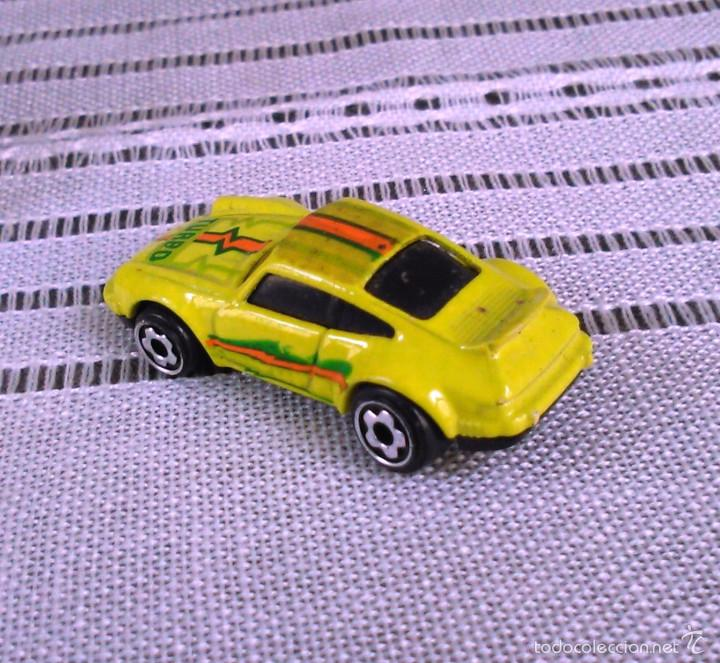 Coches a escala: Porsche 911 Turbo de Hot Wheels a escala 1:72.Chevy Mini Automagic.1974. Mattel. Hotwheels. Metal. - Foto 5 - 61102255