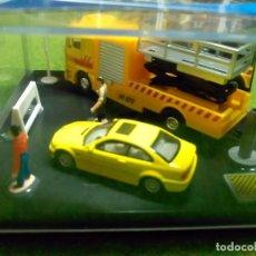 Coches a escala: CAMION MAN + BMW + SEMAFOROS - AUTOMAXX GUILOY - 1/72. Lote 104780623