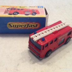 Coches a escala: MATCHBOX N.35 SUPERFAST CON CAJA. MERRYWEATHER FIRE ENGINE. Lote 110109015