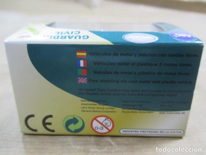 Coches a escala: ANTIGUO COCHE DE METAL 1/72 CARARAMA. ABG. MERCEDES BENZ VITO. GUARDIA CIVIL. CON CAJA. 6 CM. - Foto 5 - 163548672