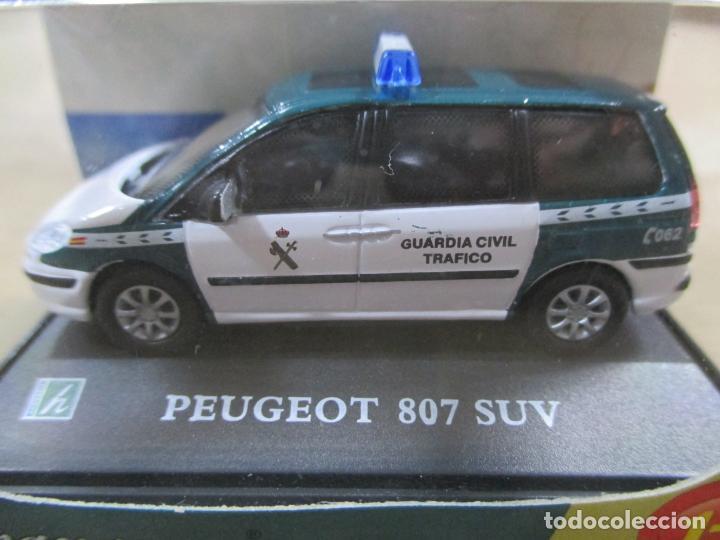Coches a escala: ANTIGUO COCHE DE METAL 1/72. ABG. CARARAMA. PEUGEOT 807 SUV. GUARDIA CIVIL. CON CAJA. 6 CM. - Foto 2 - 163548504