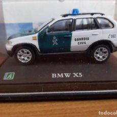 Coches a escala: BMW X5 DE LA GUARDIA CIVIL , ESCALA 1/72. Lote 148044494