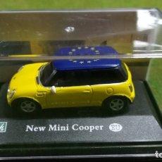 Coches a escala: NEW MINI COOPER - CARARAMA - 1/72. Lote 176350437