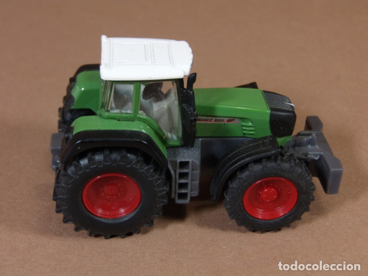 Coches a escala: mira siku tractor agricola fend en metal made in germany matchbox - Foto 2 - 182810273