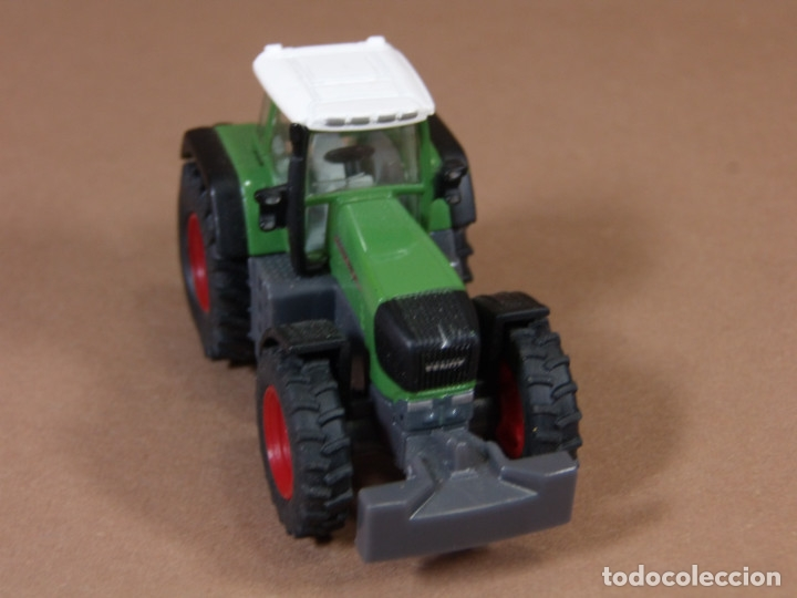 Coches a escala: mira siku tractor agricola fend en metal made in germany matchbox - Foto 3 - 182810273