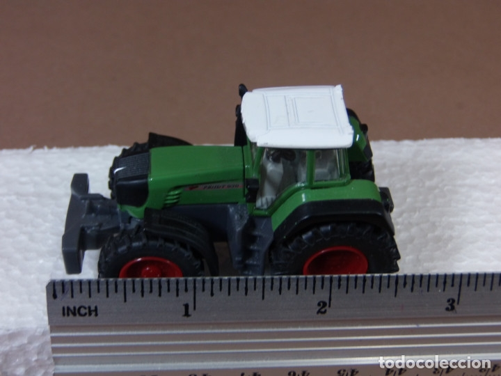 Coches a escala: mira siku tractor agricola fend en metal made in germany matchbox - Foto 7 - 182810273
