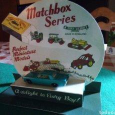 Coches a escala: MATCHBOX EXPOSITOR CON COCHE. Lote 183535206