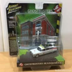 Coches a escala: DIECAST DIORAMA GHOSTBUSTERS HEADQUARTERS - ECTO CADILLAC 1959. JOHNNY LIGHTNING, 2018. Lote 188493242