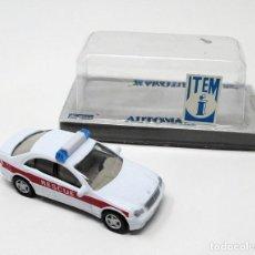 Auto in scala: MERCEDES BENZ C CLASS DE POLICÍA - JOY CITY AUTOMAX - ESC. 1/72.. Lote 199855232