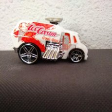 Coches a escala: FURGONETA DEL HELADO HOT WHEELS. Lote 202472803