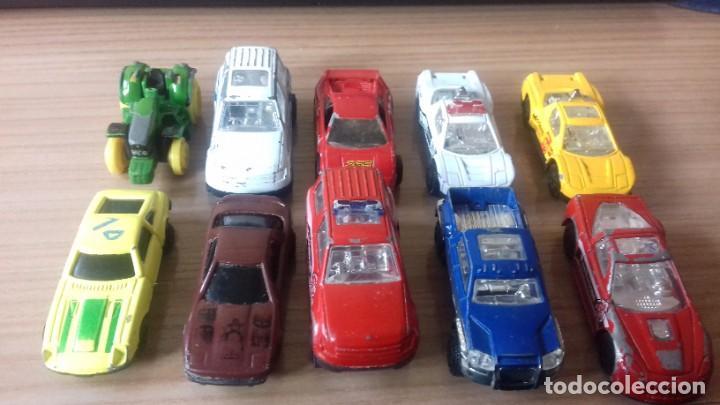 Coches a escala: Lote de coches a escala 1 / 72 - Foto 16 - 211980357