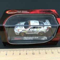 Coches a escala: 1999 PORSCHE 911 GT3R - LE MANS 24 HRS - SAICO - 1/72. Lote 235683130